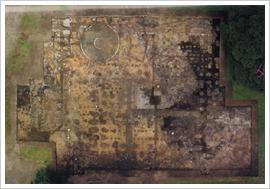 (16)発掘された奉行所庁舎の遺構